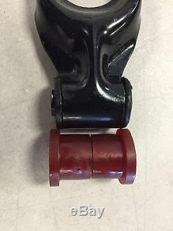 Red LS4 5.3L Polyurethane Dog Bone motor torque Strut mount Bushing GP GXP